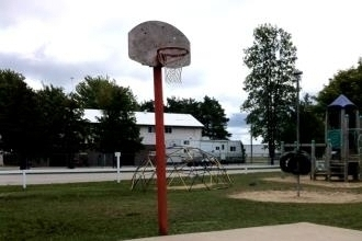 Sauble Beach Resort Camp - Sauble Beach Ontario - Basketball